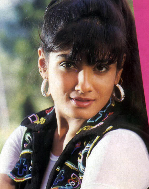 Download Free Images For Raveena Tandon Wallpapers 2011 -3277