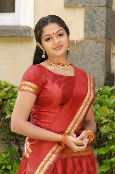Malayalam Actress Karthika Wallpapers Collections 2011  Google Adsense A 2 Z New Tricks-7760